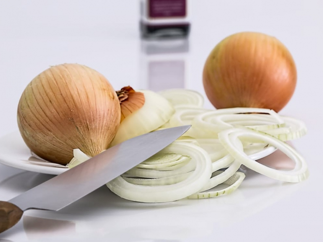 Would you rather eat a raw onion or a cooked onion?
