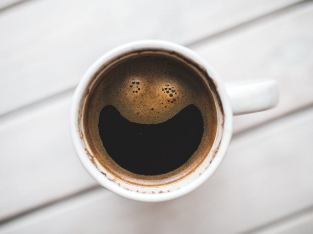 On average, how many cups of coffee do you consumer per day?